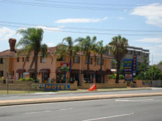 Photo of Paradise Inn Motel Surfers Paradise