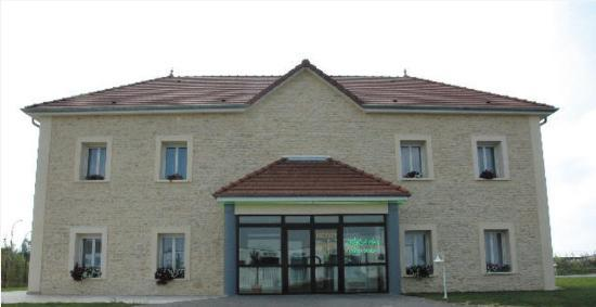 Photo of Logis Hotel des Sources Creney-pres-Troyes