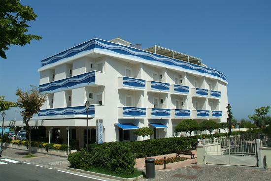 Hotel Corinna