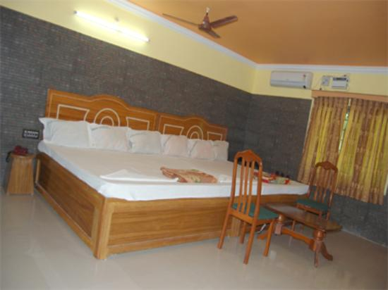 Sri Palaniandavar Lodge