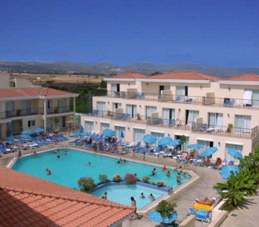 Nicki Holiday Resort Hotel