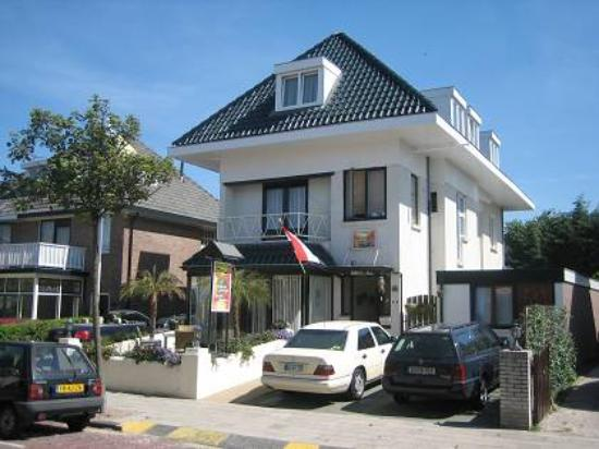 Photo of Pension Villa Tanah-Lot Zandvoort