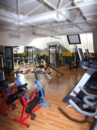 Gunes Hotel: Fitness Center