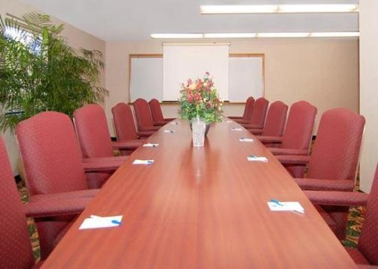 Comfort Inn Plymouth: Meeting Room