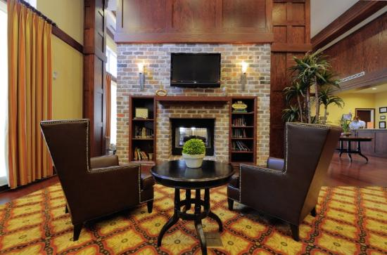 Country Inn & Suites - Savannah Historic