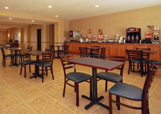 Sleep Inn & Suites: Restaurant
