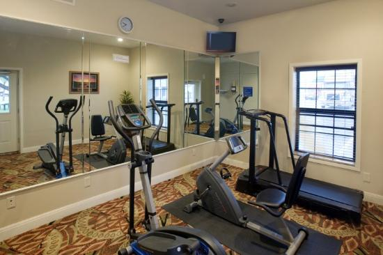 Americas Best Value Inn-Lubbock: Fitness Room