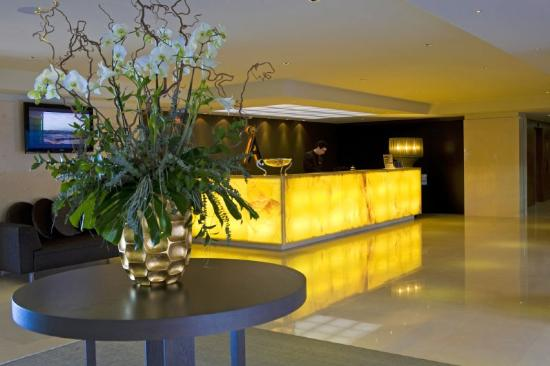 Melia Madeira Mare Resort &amp; Spa: Lobby View