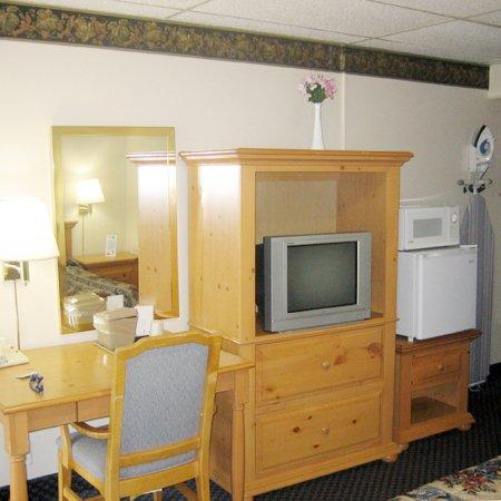 Towpath Motel: MStar Hotel Towpath NYRoom