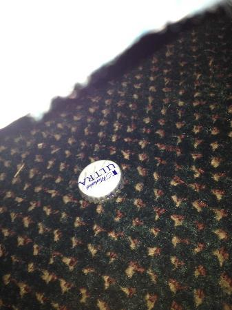Days Inn Morehead: bottle caps found under edge of bed (I dont drink)