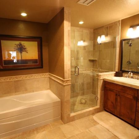 Purgatory Lodge at Durango Mountain Resort: Luxurious Bathroom