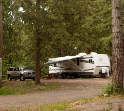 Mountainaire Campground and RV Park: The Sites are spacious and treed.