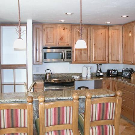 Beaver Creek West Condominiums: Kitchen