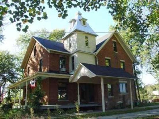 Photo of Tryon Farm Guest House B&B Michigan City