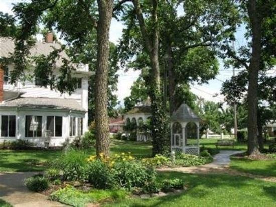 ‪‪Dickey House Bed and Breakfast‬: Exterior‬