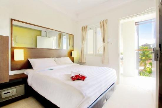 Tune Hotel - Double Six, Legian: Guest Room