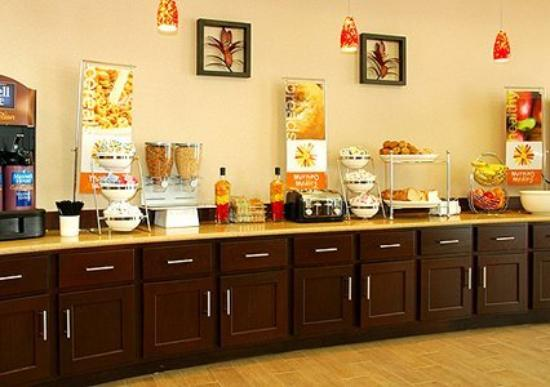 Sleep Inn & Suites Shreveport: Breakfast