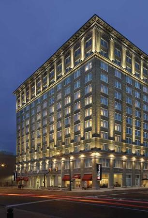 Hilton Garden Inn Jackson Downtown : Exterior 