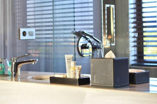 L Hotel Seminyak: Designer in-room Kiehl's Amenities
