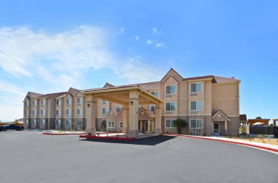 Photo of BEST WESTERN California City Inn & Suites
