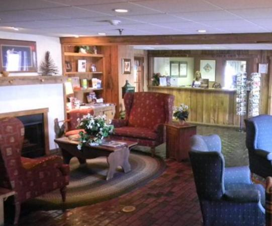 Country Inn of Lancaster: Lobby