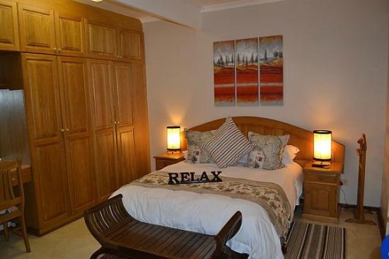 Gateway Country Lodge: Luxury self catering room