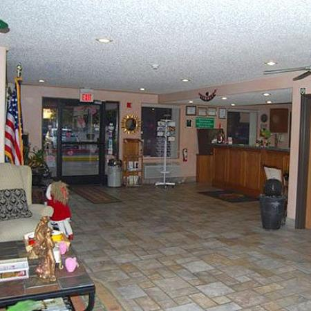 Superstition Inn and Suites: Lobby (OpenTravel Alliance - Lobby view)