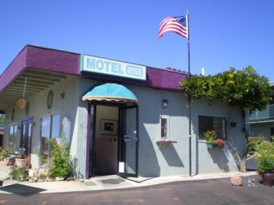 Whitehouse Inn: Sedona Motel In West Sedona