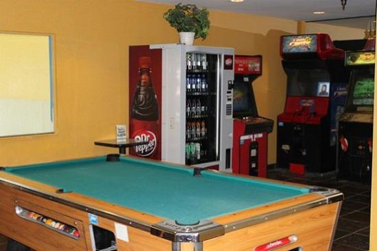FairBridge Inn Express: Gameroom