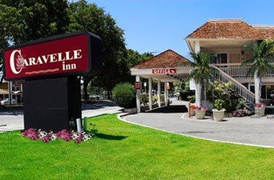 Caravelle Inn & Suites