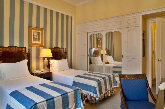 Hotel Avenida Palace : Twin Room