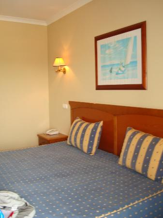 Velamar Hotel: Bedroom