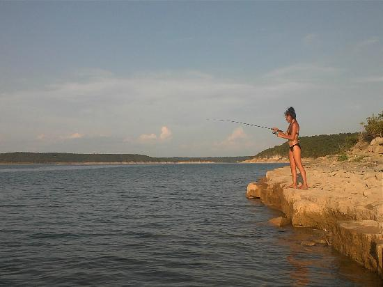 Bull shoals lake arkansas 1 800 887 6259 rocky hollow for Fishing resorts in arkansas