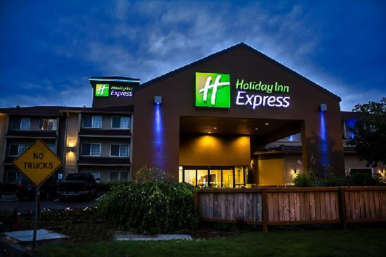 ‪Holiday Inn Express Portland East-Troutdale‬