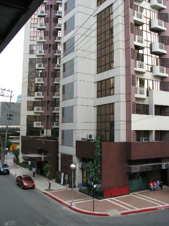 Prince Plaza II - View from elevated walkway across Dela Rosa Street