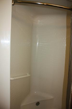 Motel 6 Missoula: Shower/Tub