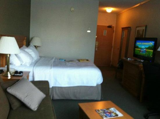 BEST WESTERN Inn On The Bay: Basic Queen room..was perfect for us..