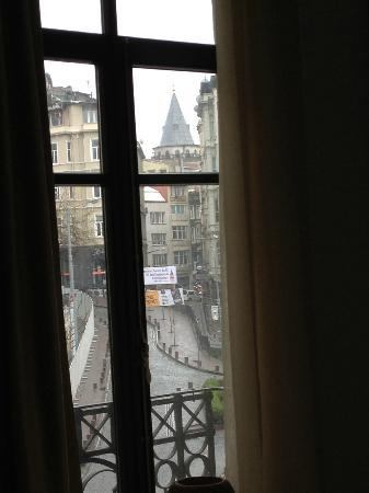 Galata Flats: view of galata tower from lounge