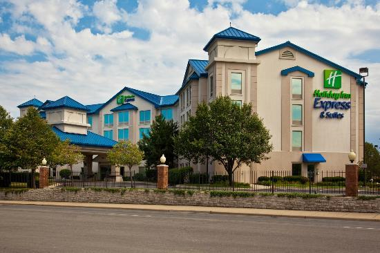Holiday Inn Express Chicago-Midway Airport: Exterior