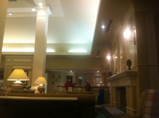 Hilton Garden Inn Danbury: lobby