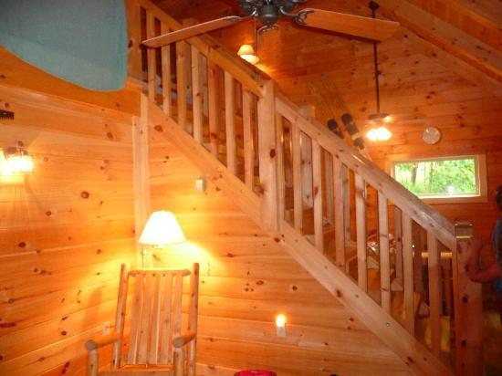 Saxton, PA: Steps leading to loft with two separate bedrooms