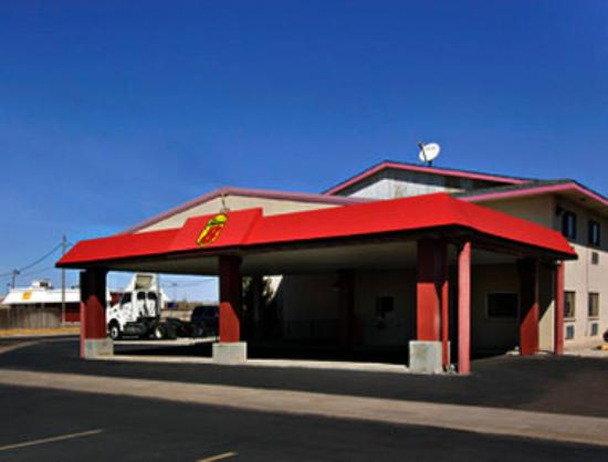 Super 8 Amarillo/Central: Welcome to Super 8 Amarillo