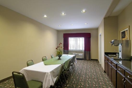 BEST WESTERN PLUS Olive Branch Hotel & Suites: Meeting Room
