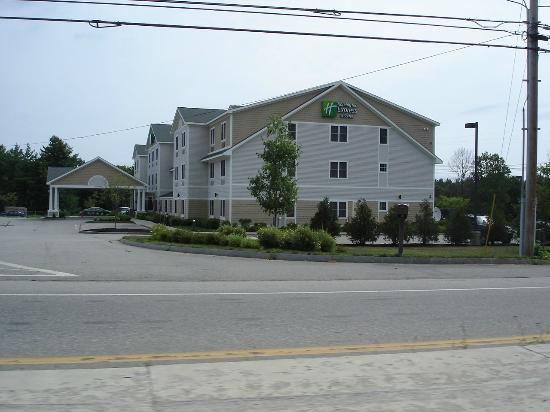 Holiday Inn Express Hotel & Suites Rochester: Hotel exterior