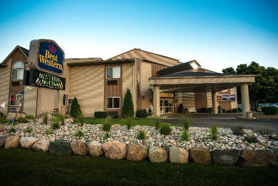 BEST WESTERN Splash Park Inn: Hotel Front