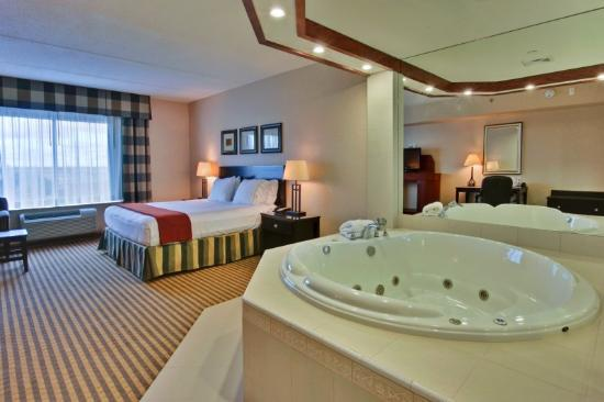 Hotels With Jacuzzi Room In Ct