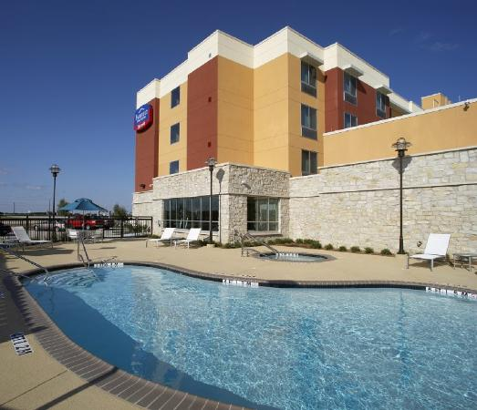 Fairfield Inn & Suites Dallas Plano / The Colony