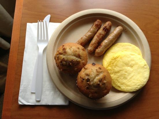 BEST WESTERN PLUS De Anza Inn: Egg patties (gross)