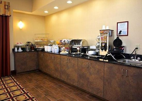 Comfort Suites Golden Isles Gateway Brunswick: Restaurant
