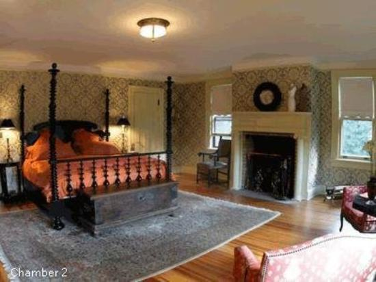 Colebrook, CT : Guest Room (OpenTravel Alliance - Guest room)